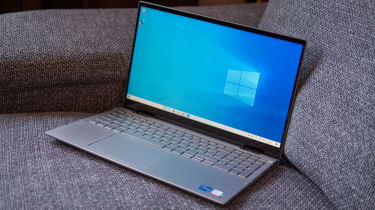 Dell Inspiron 15 7000 2-in-1 (late 2020) angled