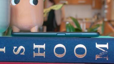 Xiaomi Redmi Note 9T side view