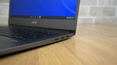 Acer Chromebook 714 right ports