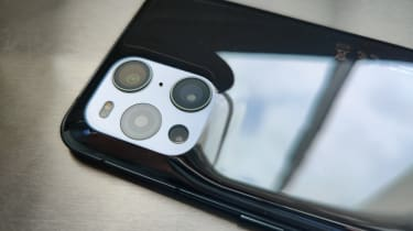 Oppo Find X3 Pro camera module