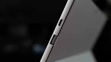 Microsoft Surface Pro 7+ ports