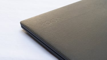 A closeup of the lid of the Lenovo Yoga 9i 14in (Shadow Black)