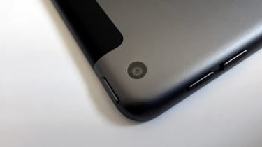 A photograph of the 12.9in 2021 Apple iPad Pro's rear camera