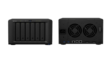 Synology DiskStation DS1621xs+ front and rear