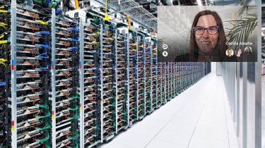 Remote teams looking through the eyes of a Google Glass user in a data centre