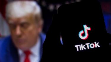Trump in the background of the TikTok splash screen