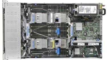 HP ProLiant DL560