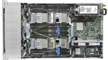 HP ProLiant DL560