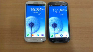 Samsung Galaxy S3 - White and Blue