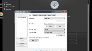The advanced settings dialog box in the Canon CaptureOnTouch software.