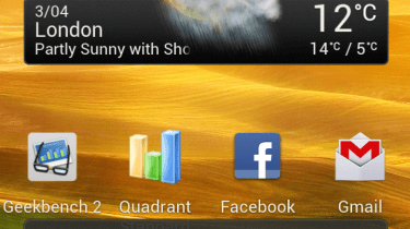 HTC One X - homescreen with folders