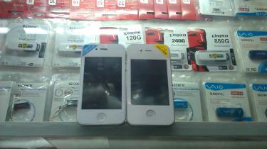 Counterfeit iPhones
