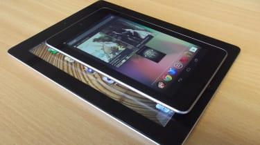 iPad vs Nexus - Comparison