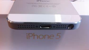 Apple iPhone 5 - Lightning