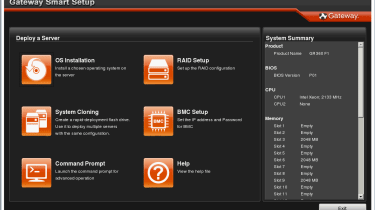 The bootable Smart Setup CD provides assistance with OS deployment and access to diagnostics tools.