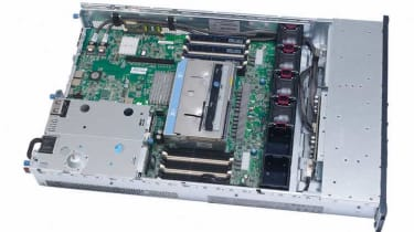 The interior of the HP ProLiant DL380 G7