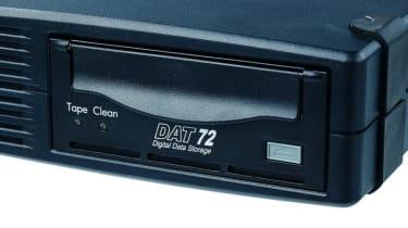 Step 9: HP StorageWorks DAT72 SCSI