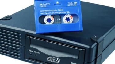 Step 8: HP StorageWorks DAT72 SCSI