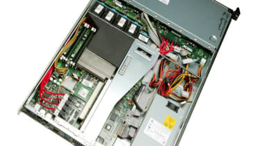 Step 14: HP ProLiant DL100 G2 Storage Server