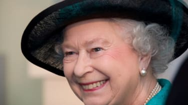 Her Majesty seemed pleased about what she saw during her visit at Google.