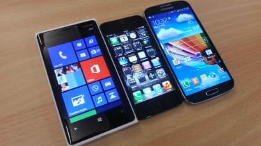 iPhone 5 vs Lumia 920 vs Galaxy S4