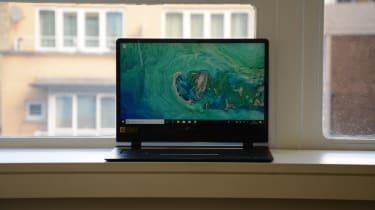 Acer Swift 7 (SF714-51T) screen