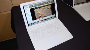 macbook unibody thumb