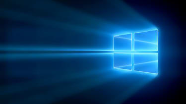 The main Windows 10 desktop screen