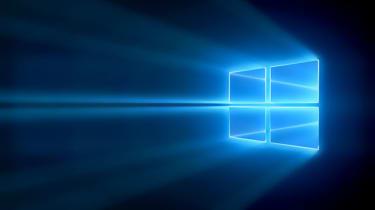 The main Windows 10 desktop screen