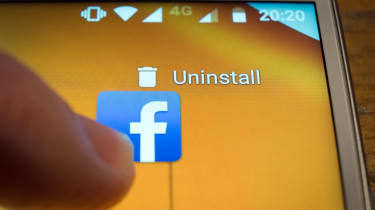 A user deleting the Facebook Android app