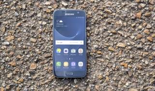 Samsung Galaxy S7 handset