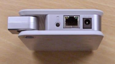 D100 - ports