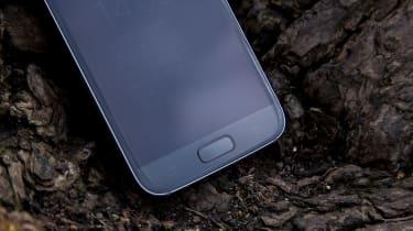 Samsung Galaxy S7 fingerprint reader and home button