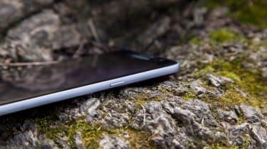 Samsung Galaxy S7 power button