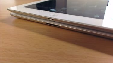 Apple iPad 3 and iPad 4 - Connectors